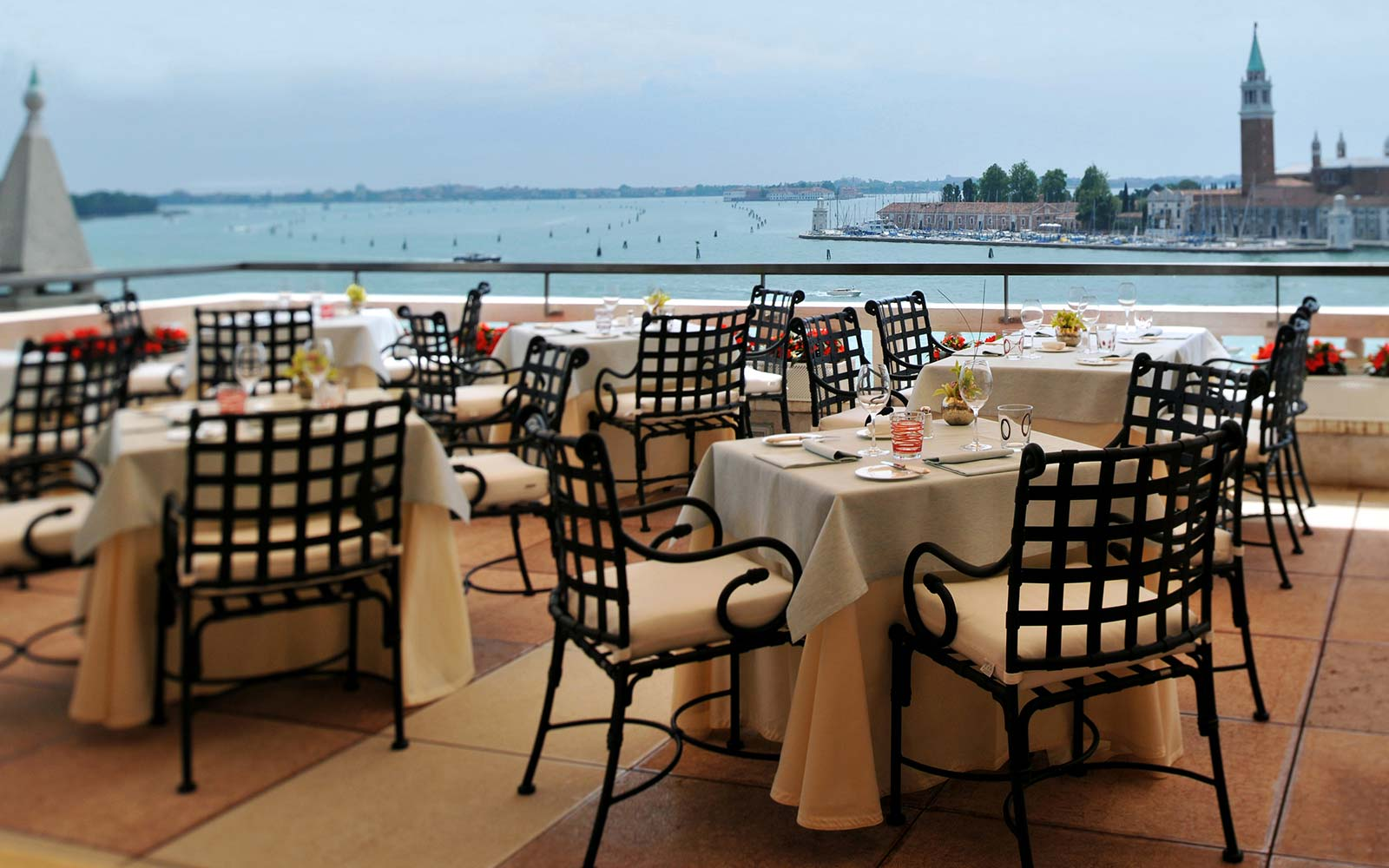 Emejing Terrazza Venezia Bari Photos - Decorating Interior Design ...